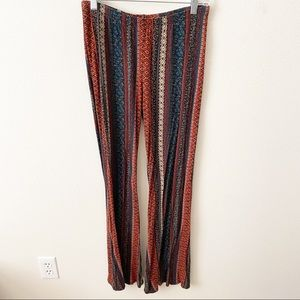 Super soft and stretchy fall flare pants - L